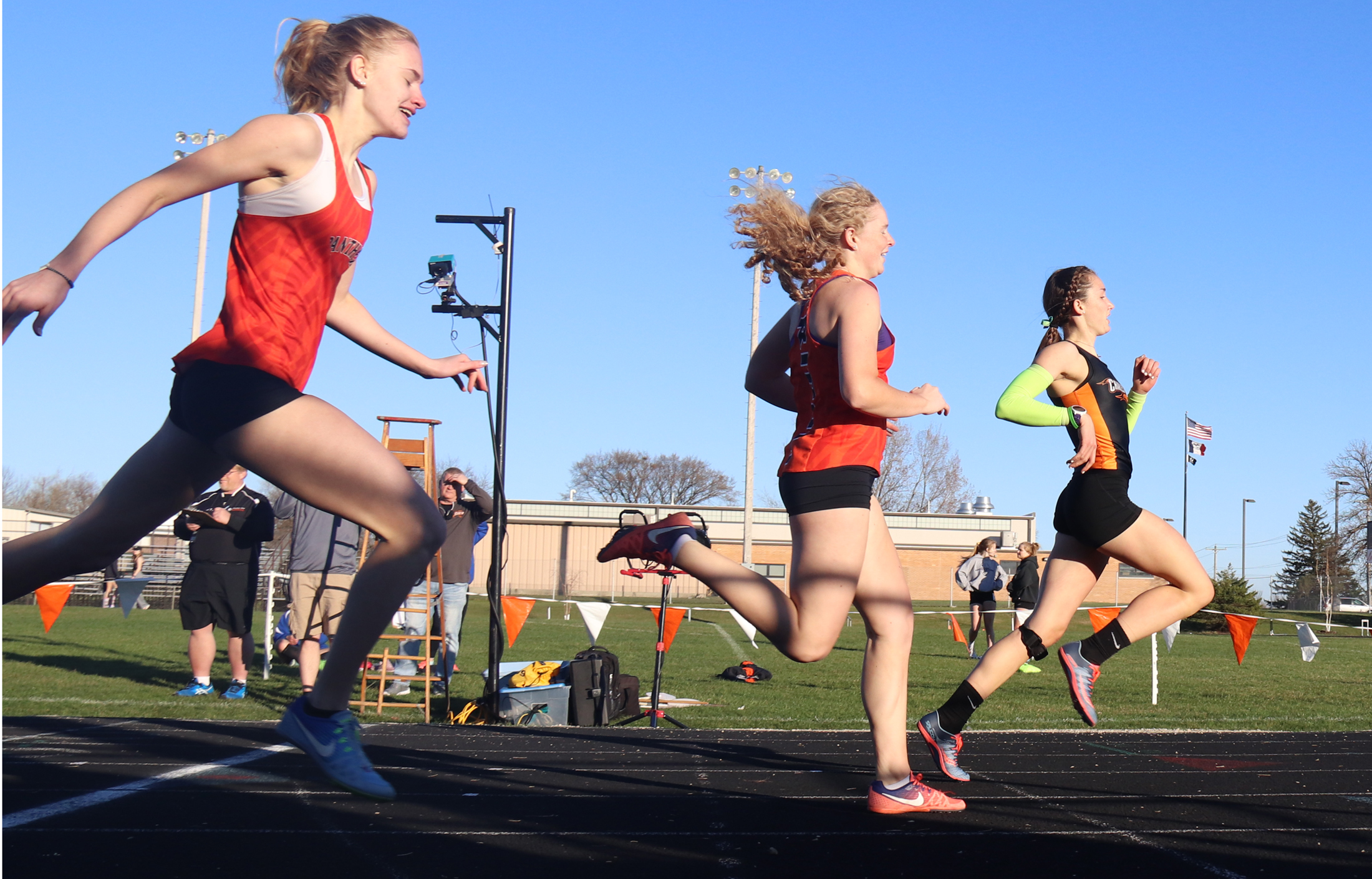 Charles City hosts and wins Comet Girls Relays