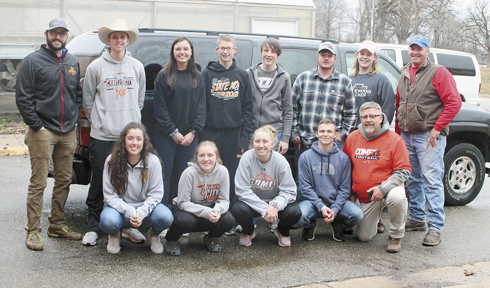 Charles City FFA students hit the road to help flood-ravaged Nebraska farm