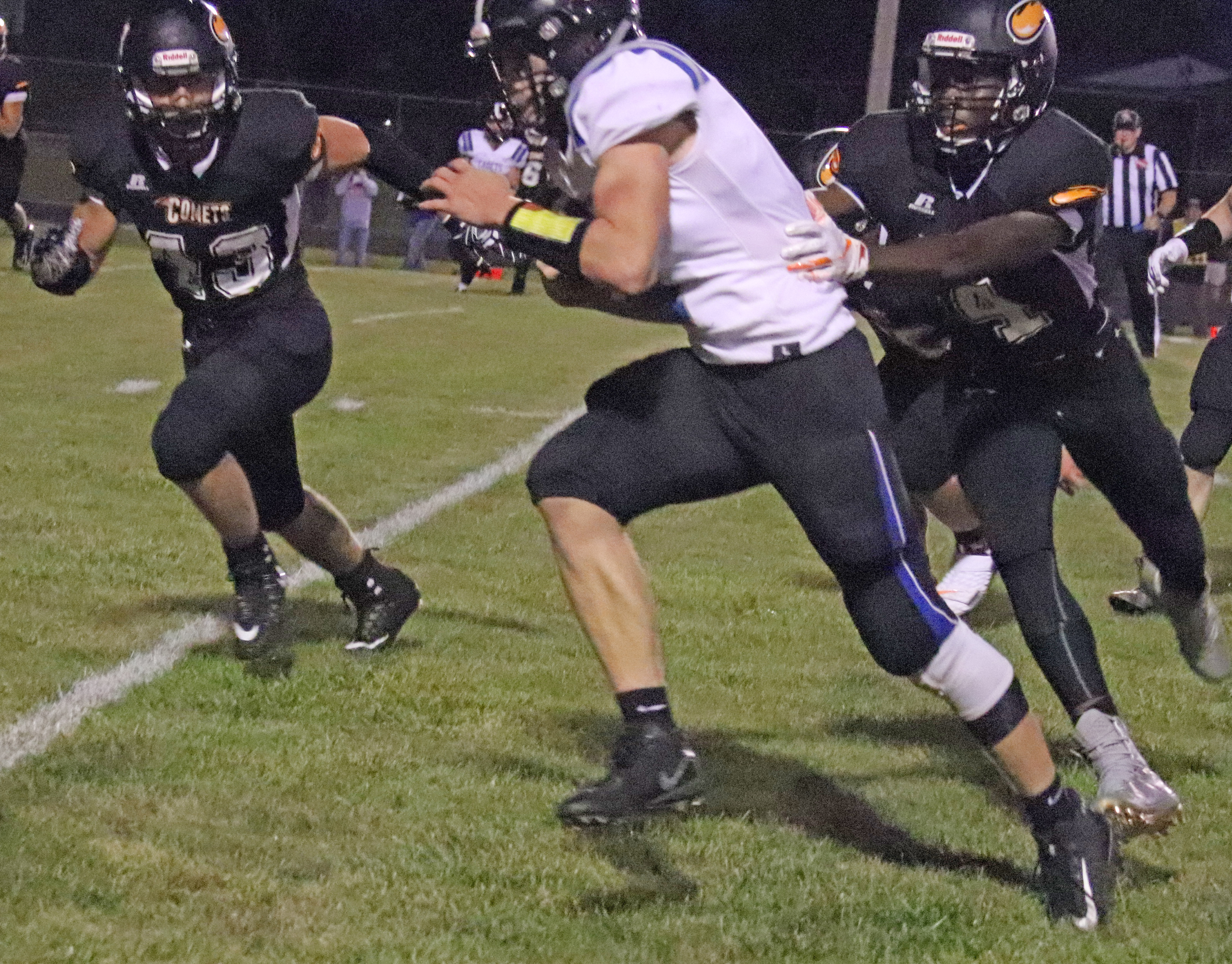 Comets can't catch Cadets; fall 34-27 in season-opener