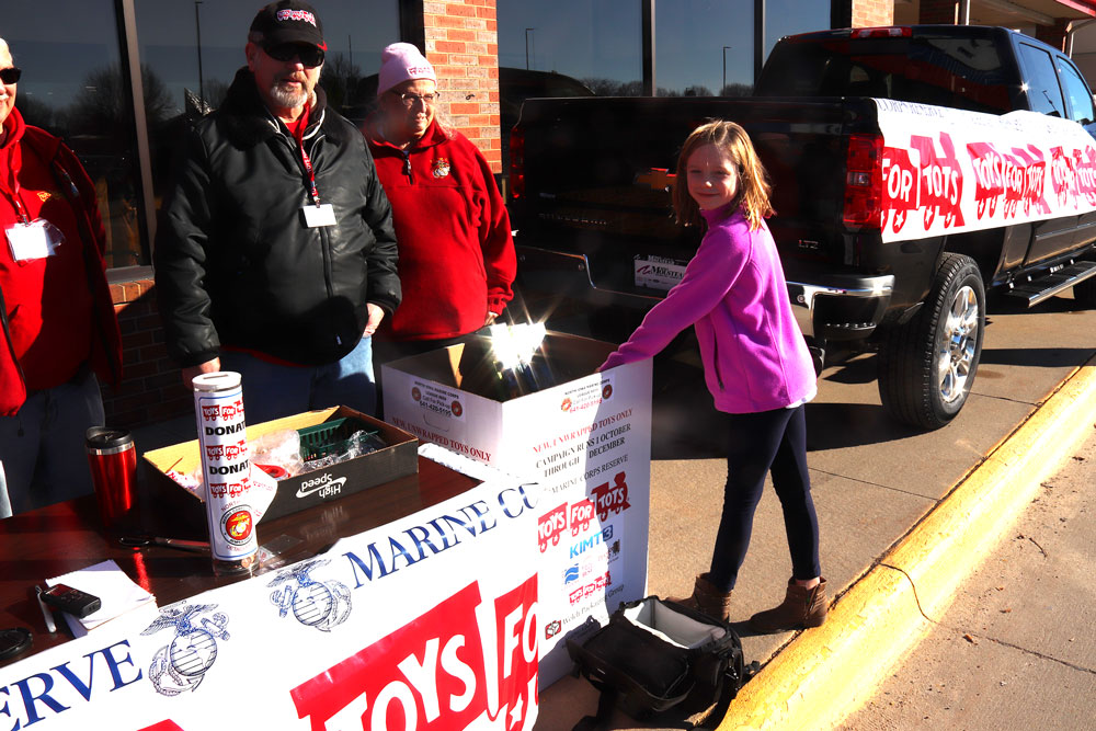 Toys for Tots helps provide holiday cheer for area children