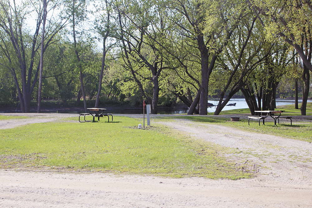 Reynolds opens up campgrounds, with restrictions