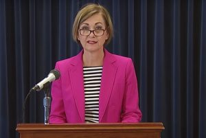 Iowa governor overrides schools, requires in-person classes